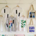 Screen-printing T-shirts